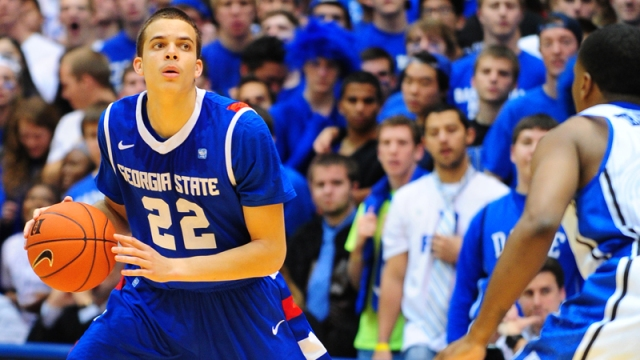 R.J. Hunter scored a double-double of 14 points and 10 rebounds in his debut last season at No. 8 Duke.